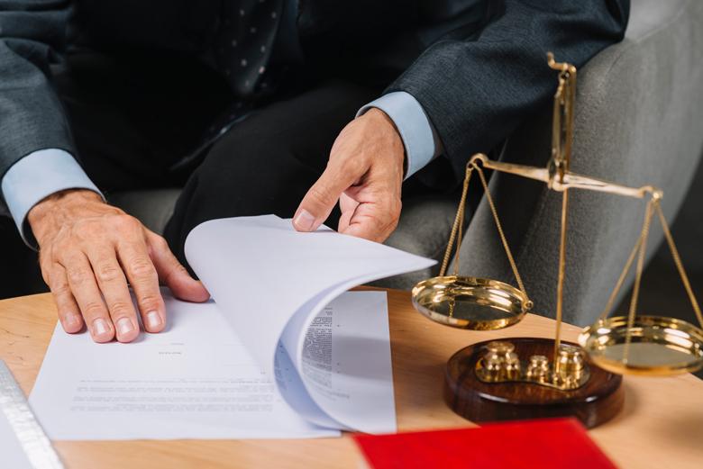 Адвокат по сделкам с недвижимостью